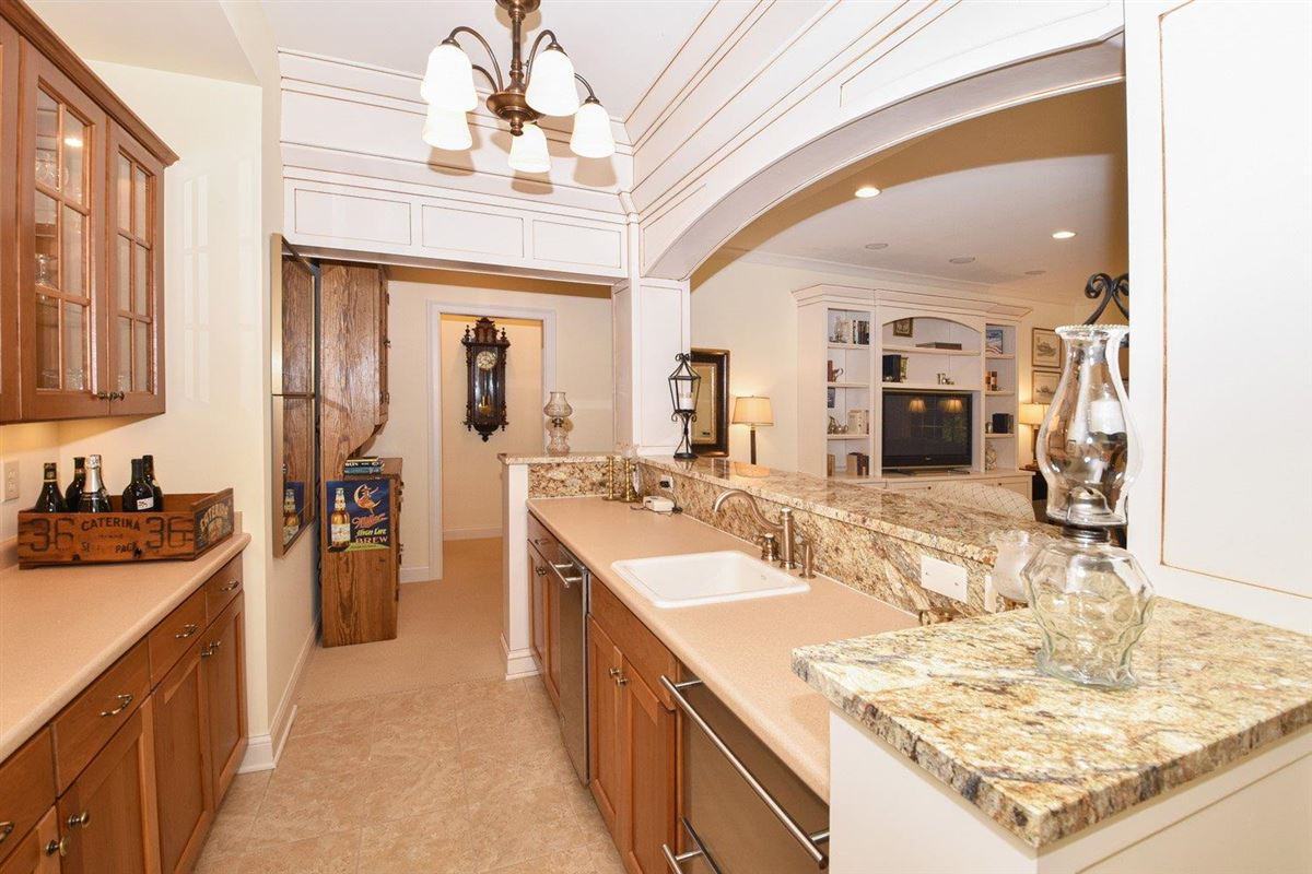 Gorgeous custom-built ranch  luxury properties