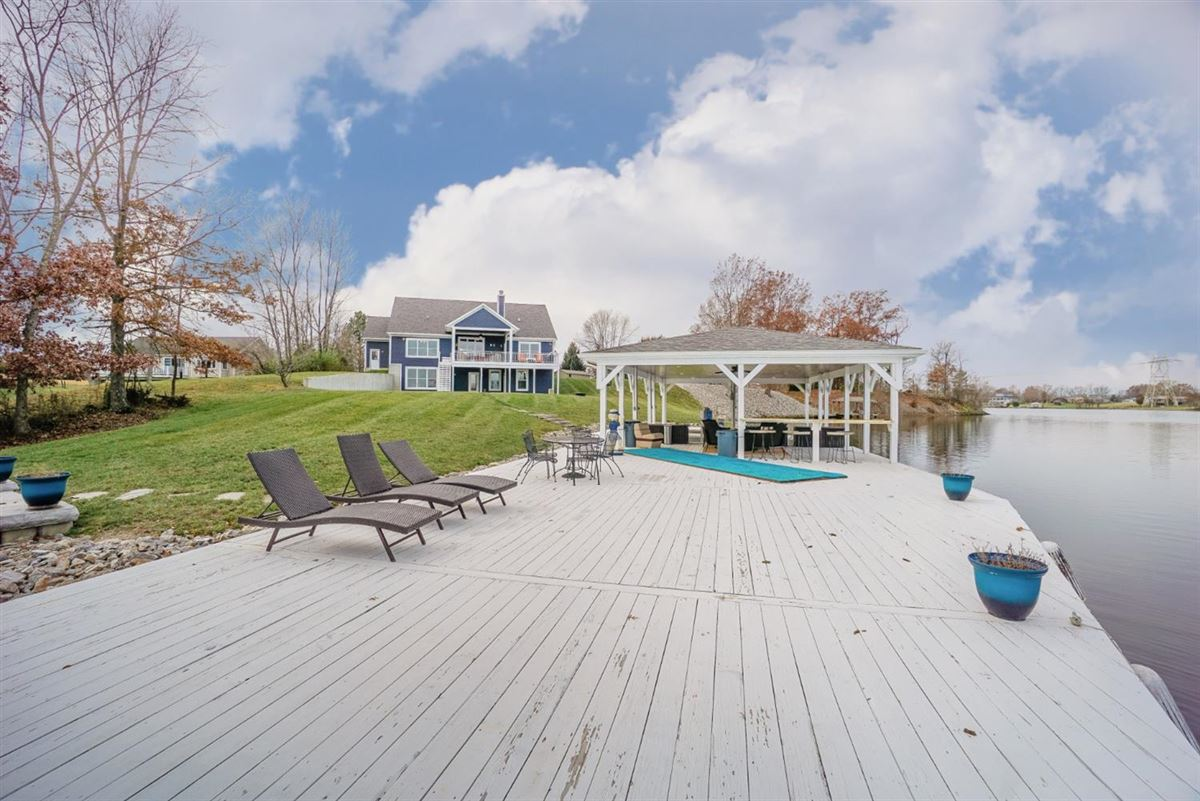 new six bedroom lakefront home luxury real estate
