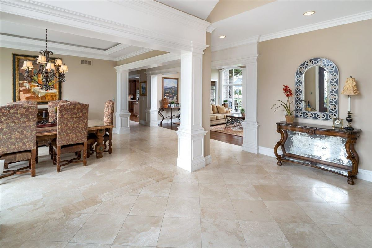Luxury homes Spectacular custom home in Riverview Estates of Coldstream