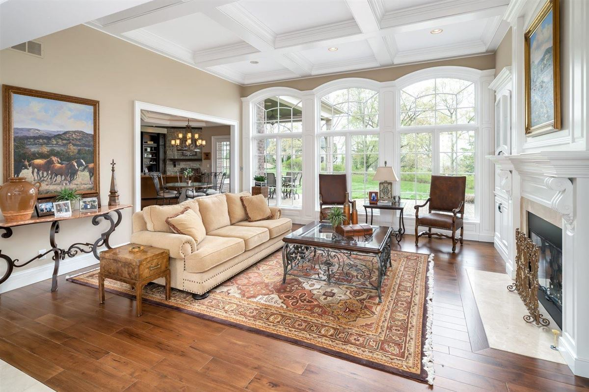 Luxury real estate Spectacular custom home in Riverview Estates of Coldstream