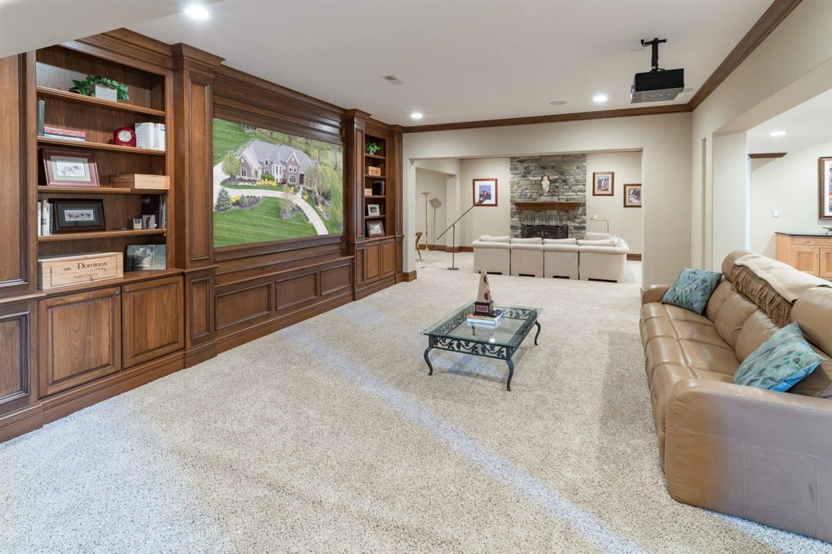 Spectacular custom home in Riverview Estates of Coldstream luxury homes