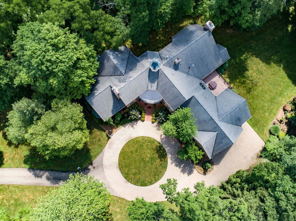 Mansions custom estate home on five acres