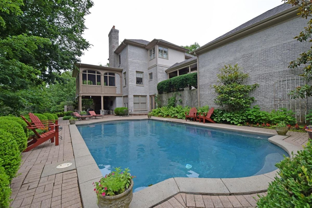 this estate home is spacious and well appointed luxury homes