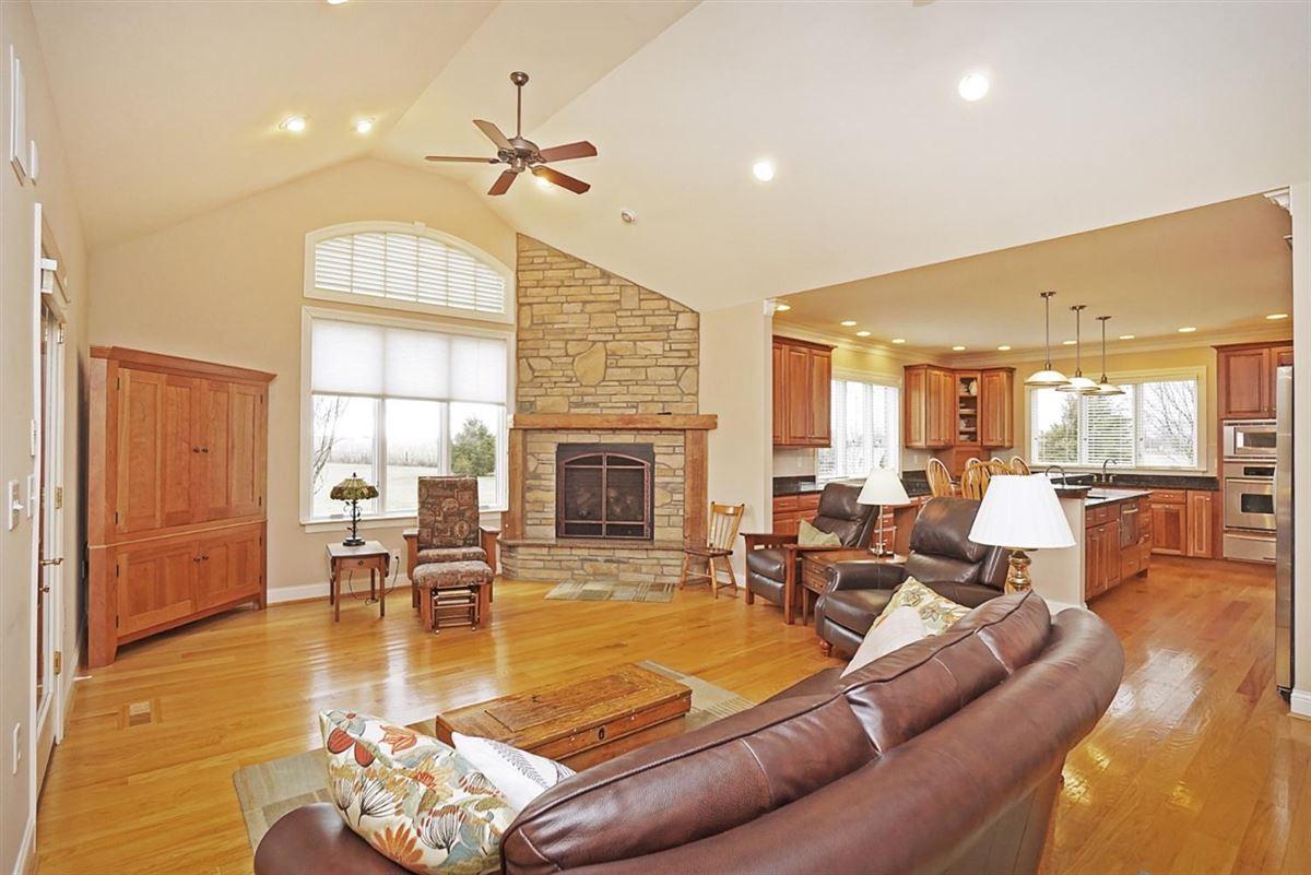 well designed living luxury homes