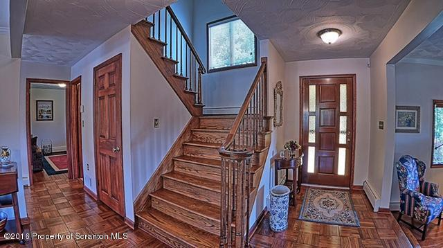 Luxury homes Fieldstone Cape Cod
