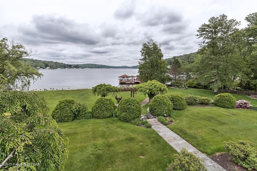 Lakeside Treasure luxury real estate