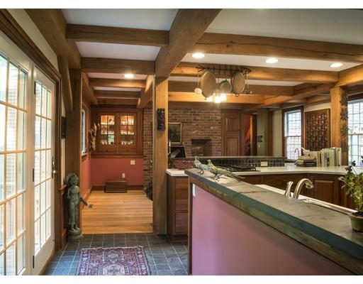 Reproduction Post and Beam luxury real estate