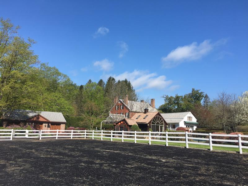 Equestrian estate on 11 acres mansions