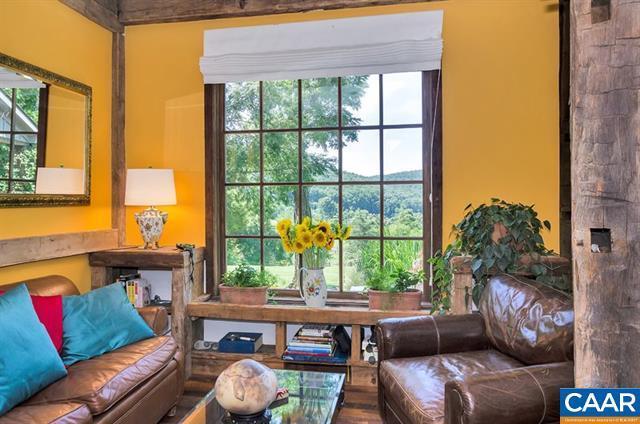 Extraordinary Acreage  luxury properties