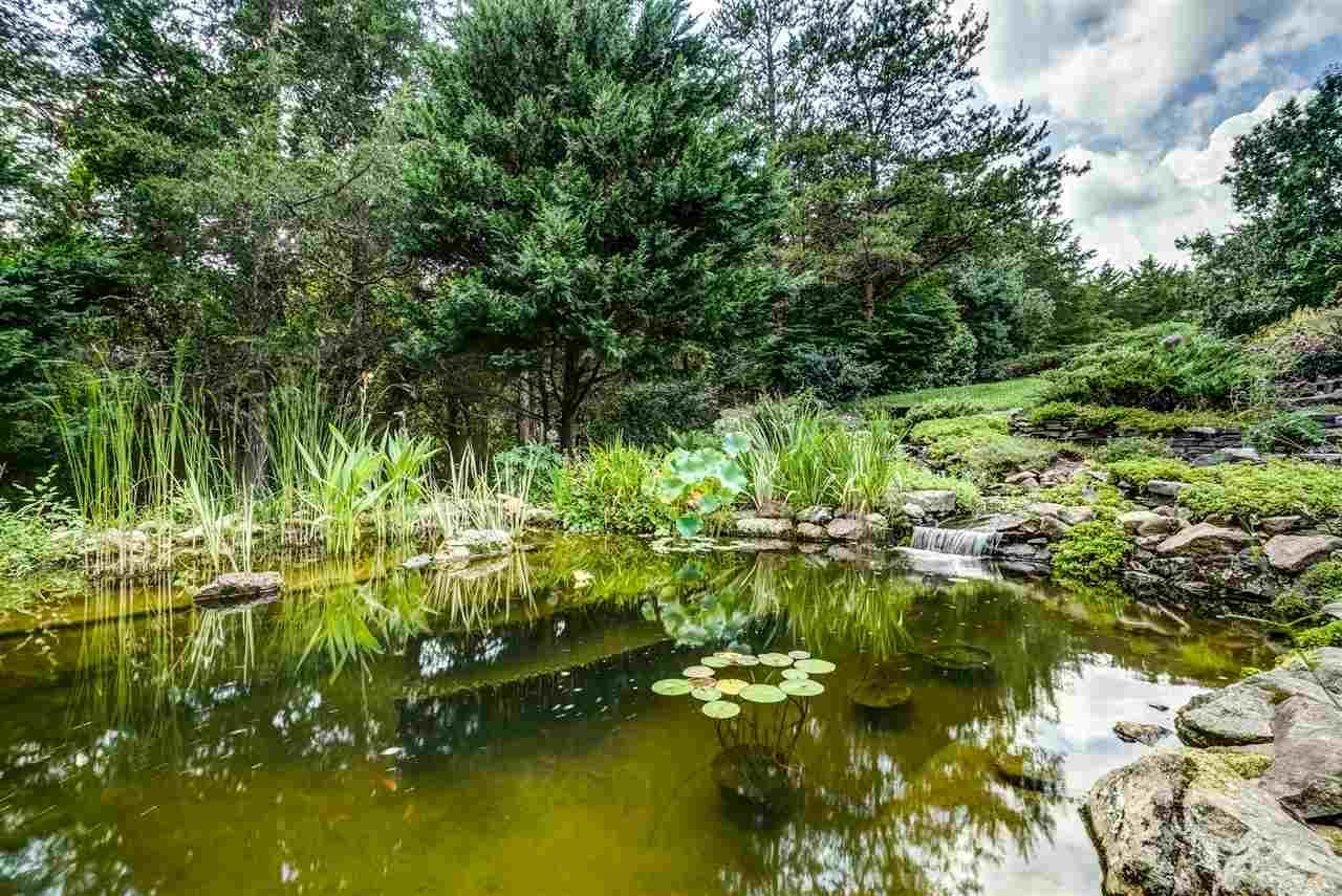 Creeks Edge luxury properties