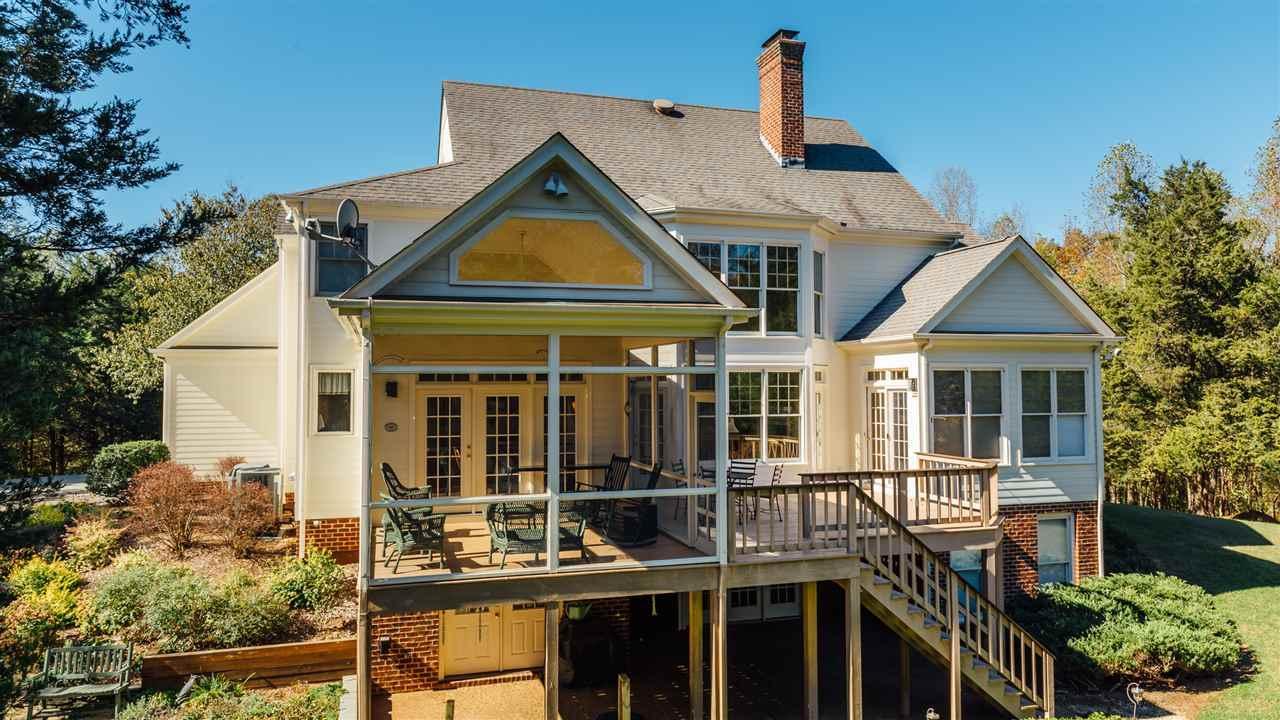 Creeks Edge luxury homes