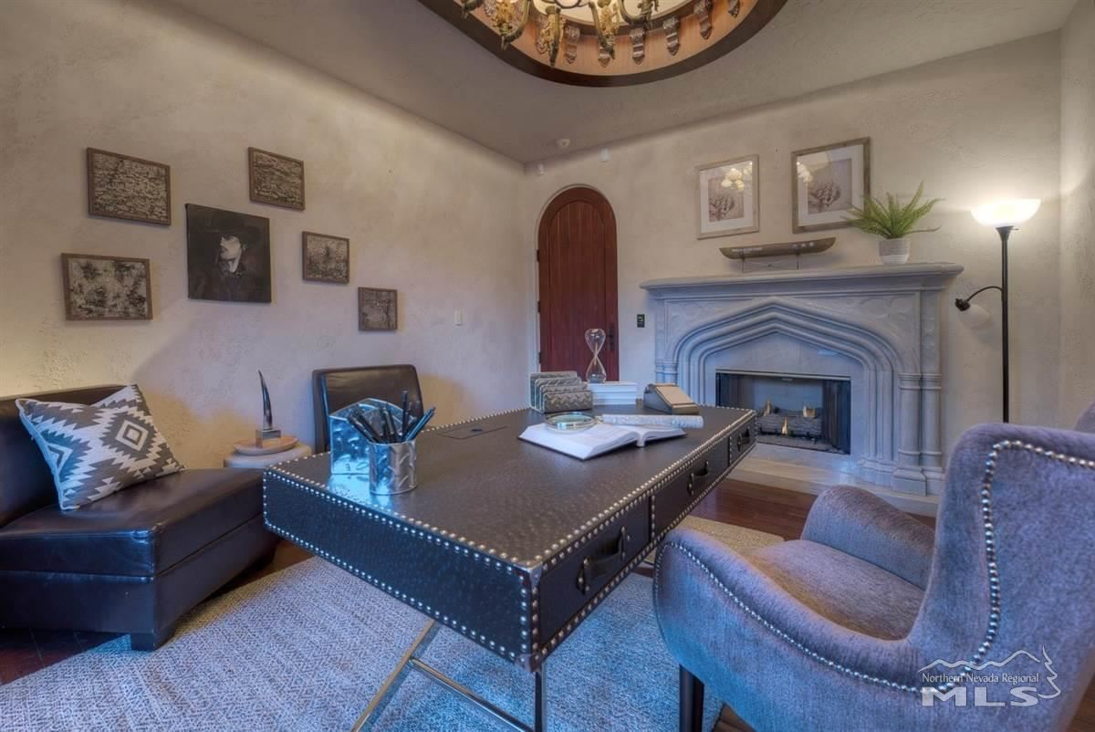 Luxury real estate Private Oasis in the heart of Reno