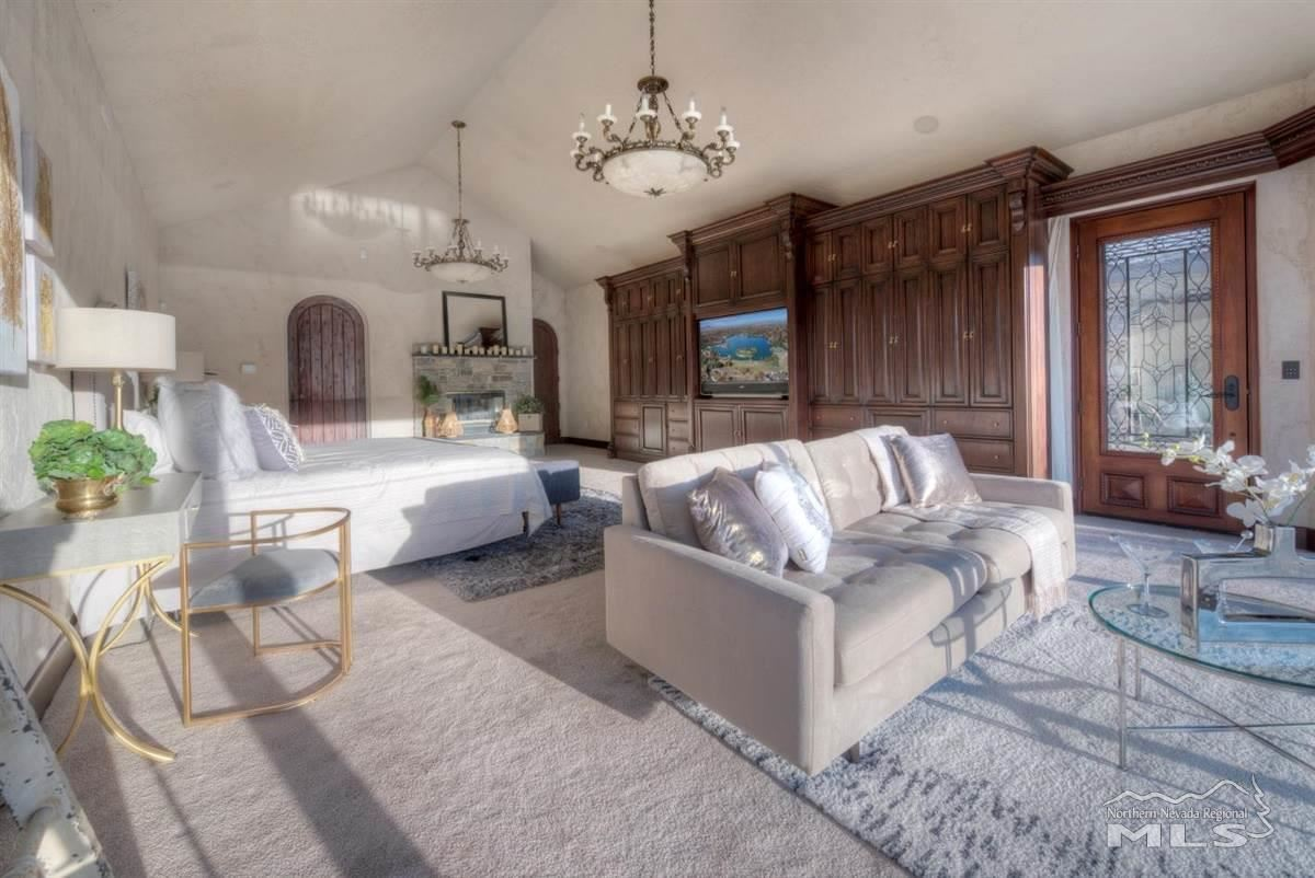 Luxury homes in Private Oasis in the heart of Reno