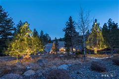 Luxury homes spectacular property in Galena Forest