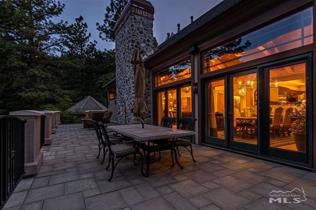 spectacular property in Galena Forest luxury real estate
