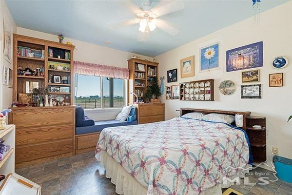 Mansions in great opportunity on nearly 120 acres