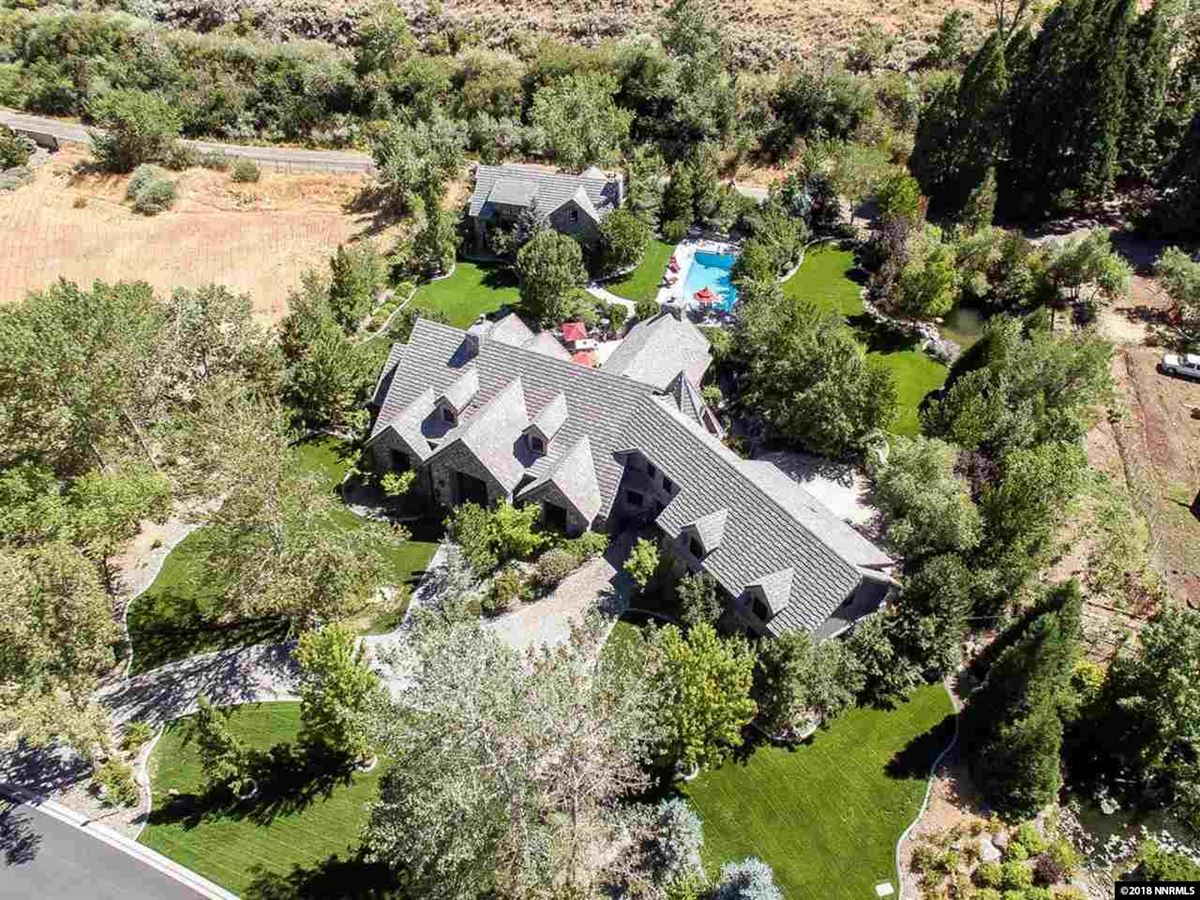 Luxury properties Magnificent Estate with a Fabulous Floor Plan