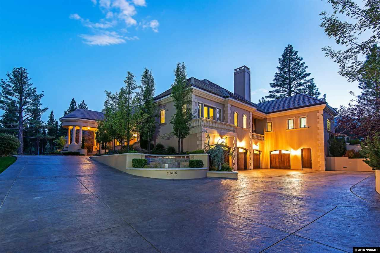 Luxury Estate On Desirable Lot In Montreux