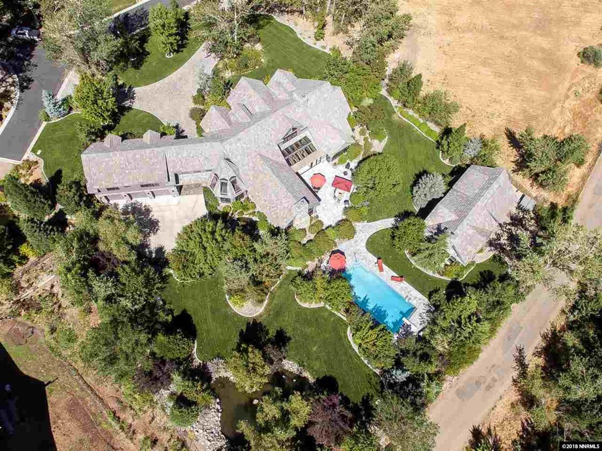 Mansions Magnificent Estate Includes a Fabulous Floor Plan