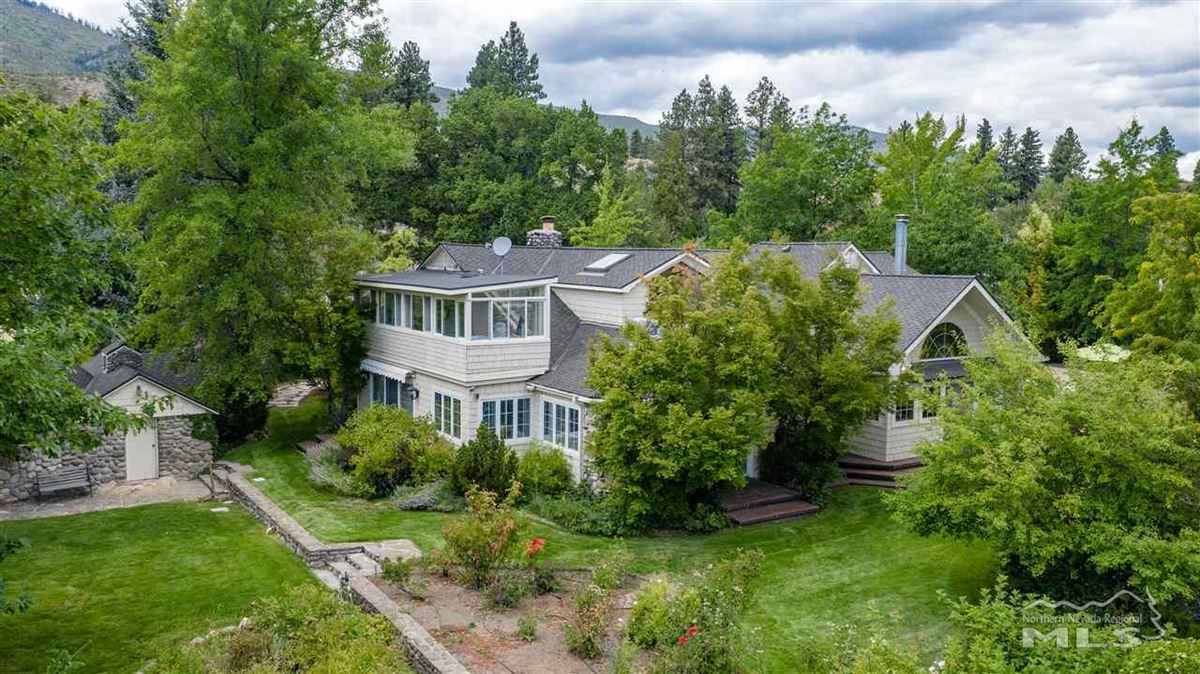 Luxury homes Historic, iconic home on 5 acres with 500 feet of Truckee River frontage