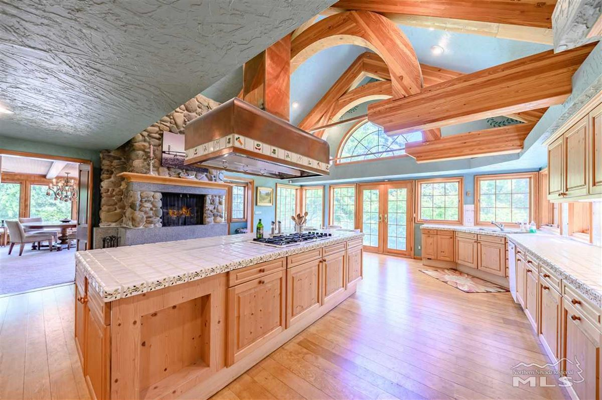 Luxury properties Historic, iconic home on 5 acres with 500 feet of Truckee River frontage