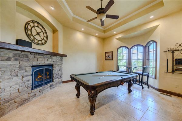 Luxury properties Beautifully and thoughtfully constructed custom home