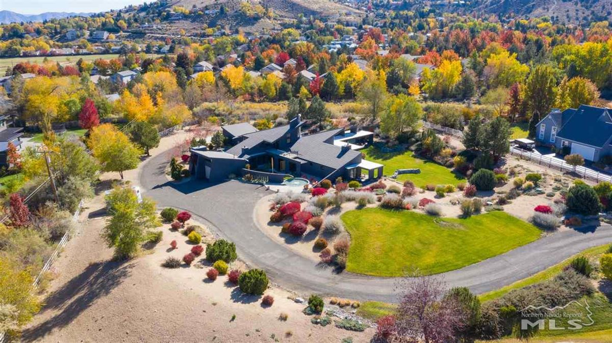 Luxury real estate A modern marvel in the heart of Juniper Hills in Southwest Reno
