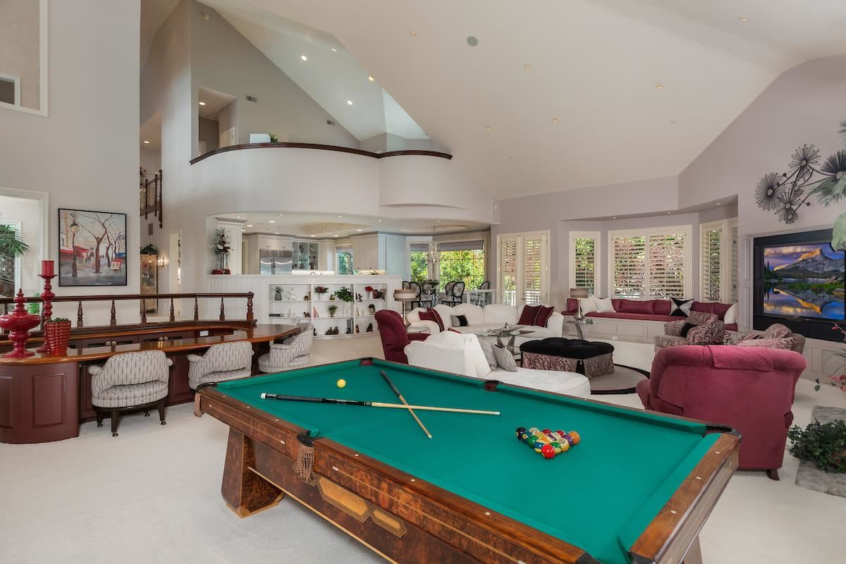 Luxury real estate private luxury resort-style estate