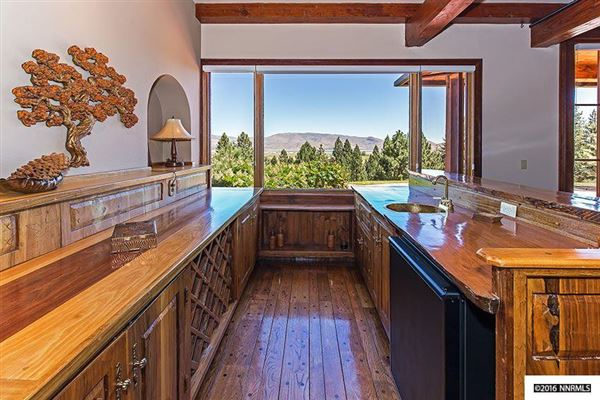 Luxury real estate Nestled in the pine trees of Franktown