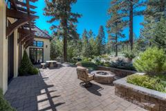 Luxury real estate beautiful views on the golf course