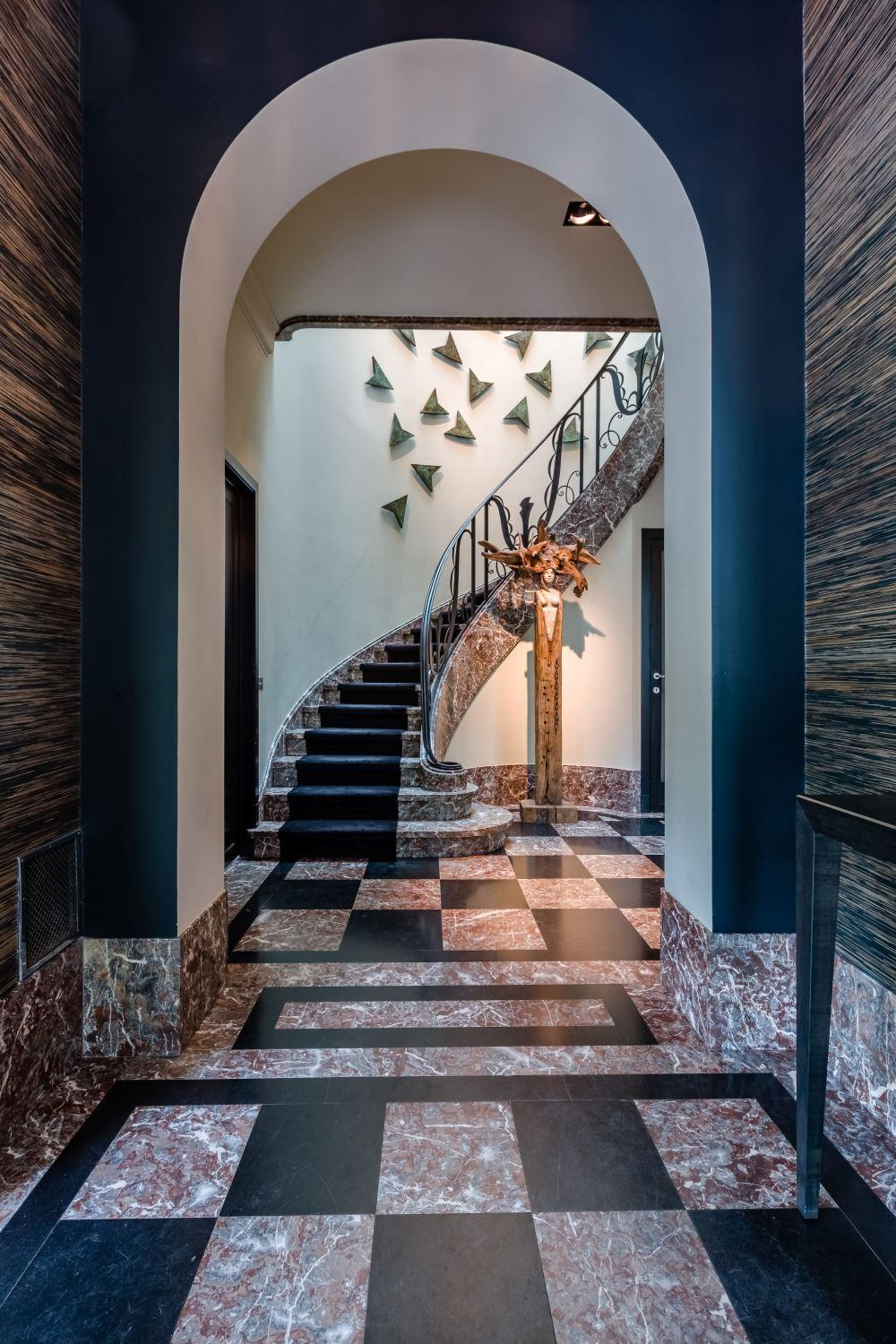 Magnificient mansion from the 1930s mansions