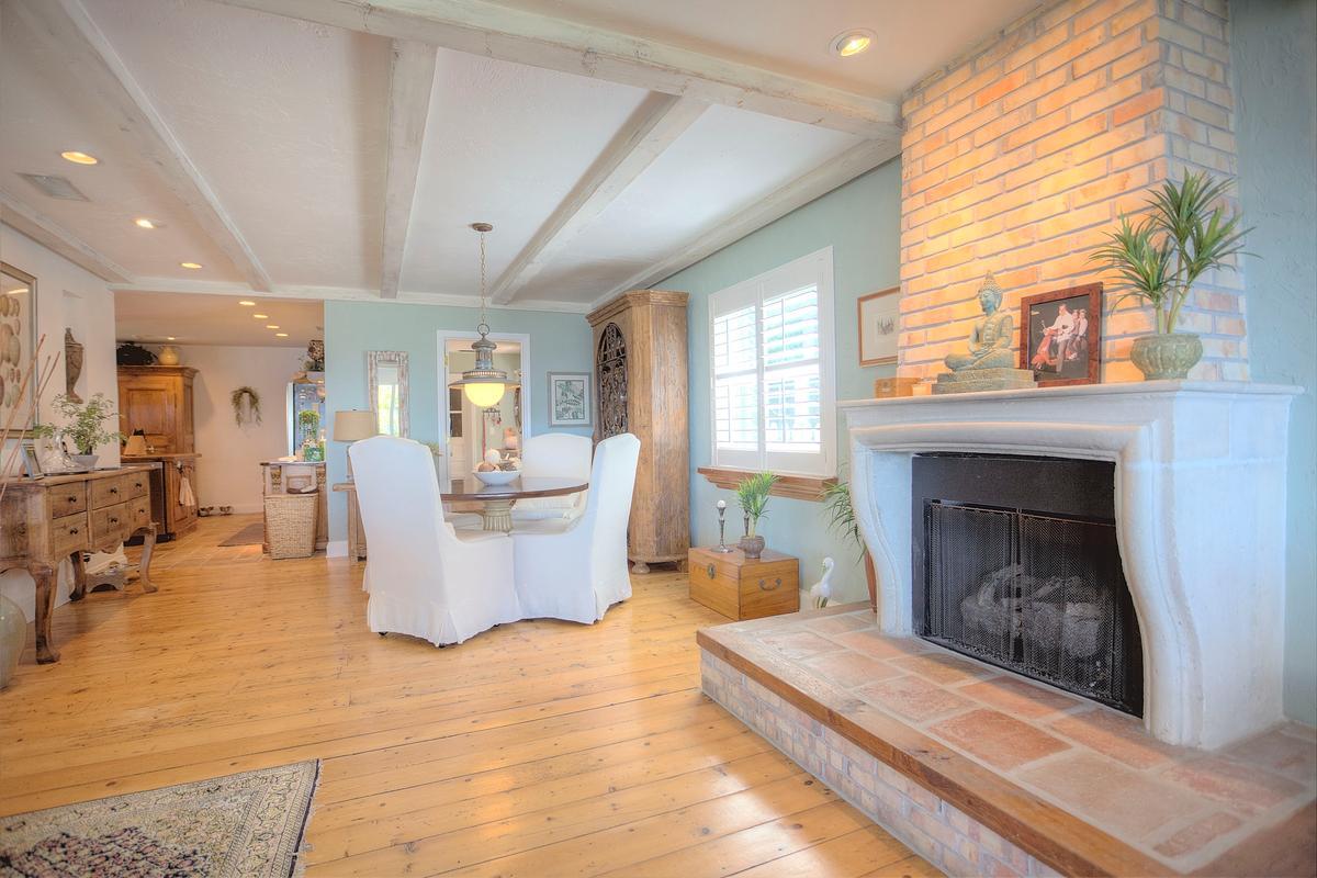 Coastal Living Beauty luxury homes