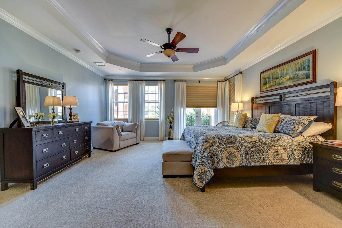 Luxury real estate Outrigger Harbour Luxury