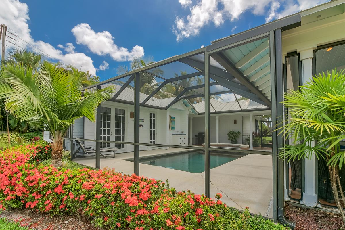 Luxury homes Key West-style Waterfront Enclave