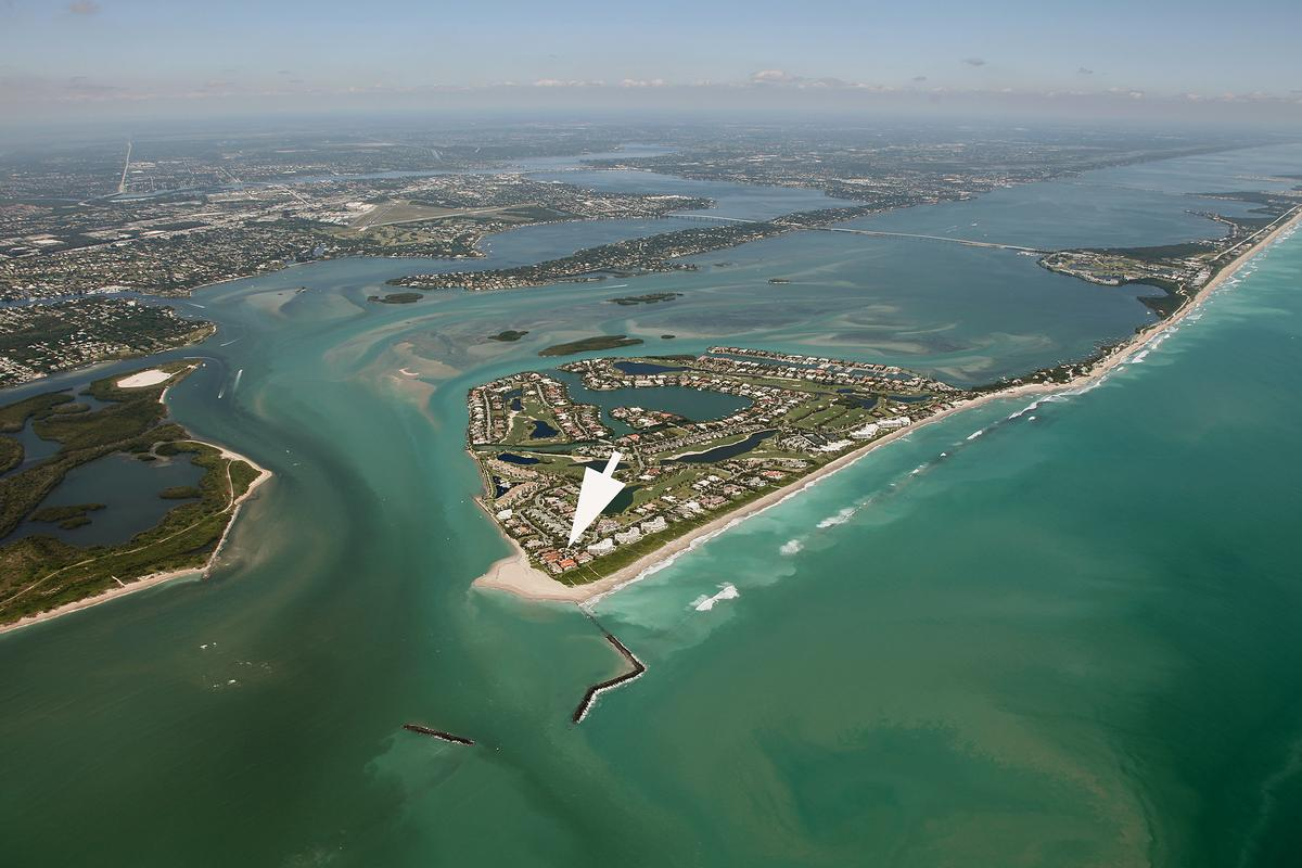 Exclusive Sailfish Point Retreat mansions