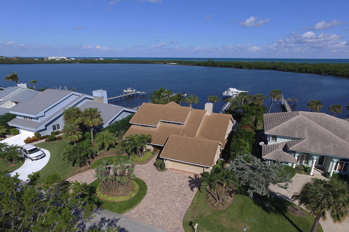 Waterfront Sanctuary with Ocean Access mansions