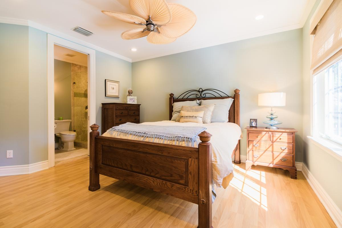 Luxury homes in The Plantation at Sewalls Point