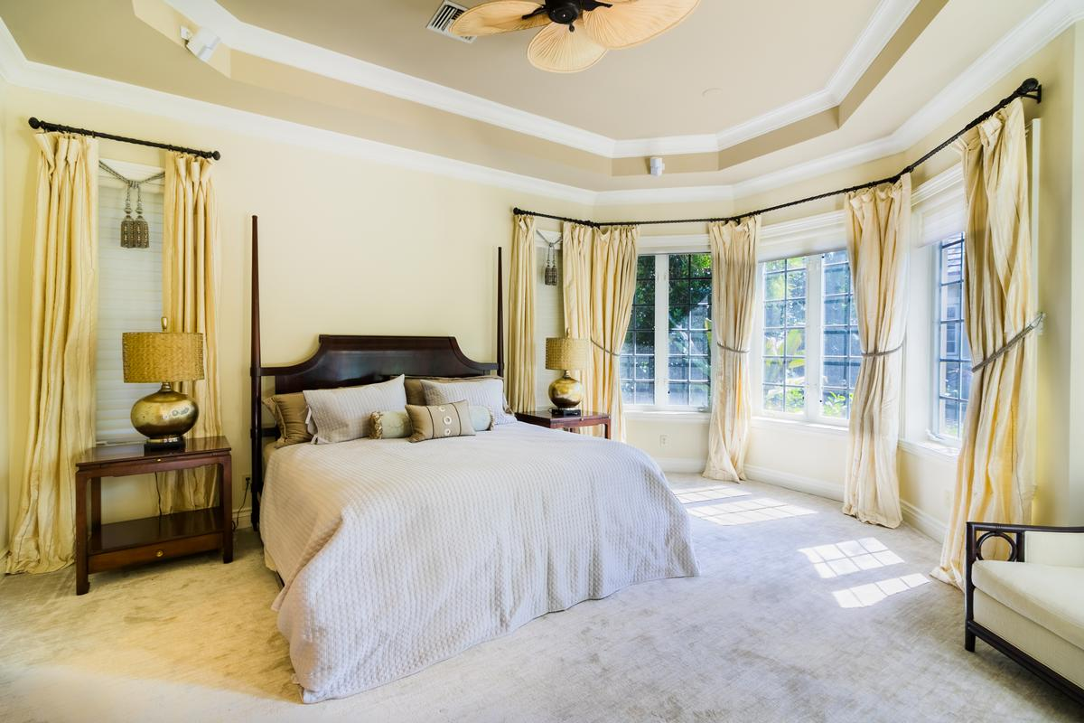 Luxury properties The Plantation at Sewalls Point