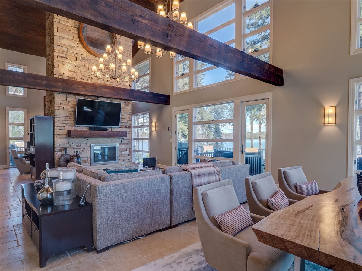 A Beauty Inside and Out on Lake Keowee luxury real estate
