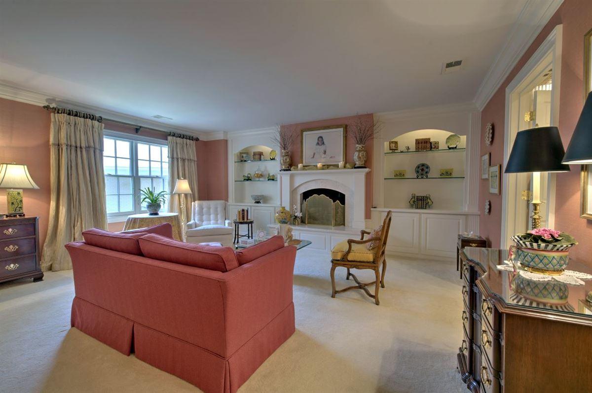 Spectacular estate nestled on 8.51 acres luxury real estate