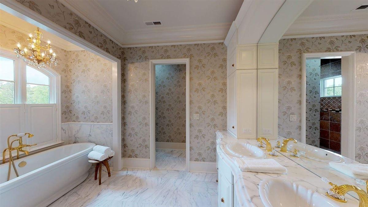 exquisite custom estate home mansions