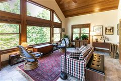 luxury Lake life luxury real estate