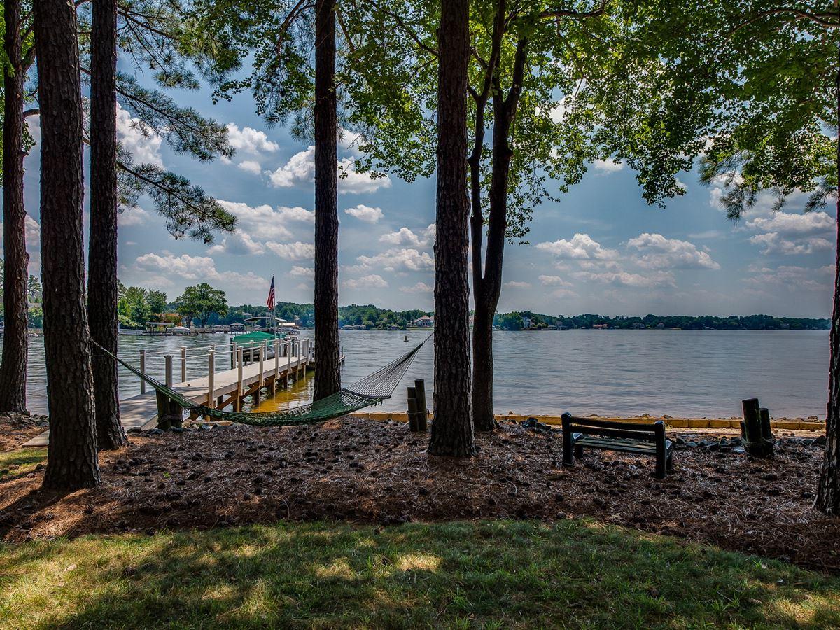 Amazing lake level waterfront home  luxury homes