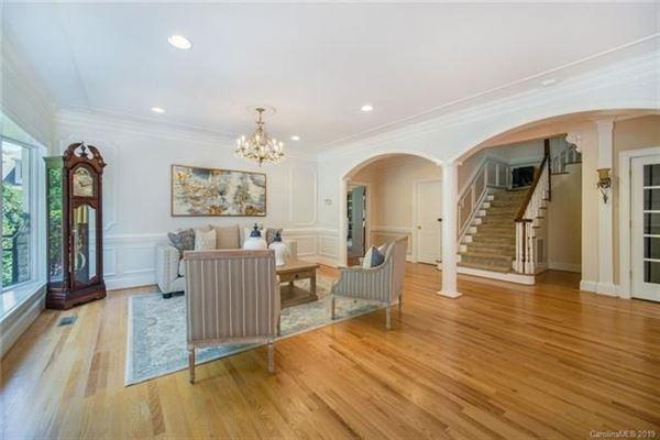 a Spectacular Luxury Residence luxury properties