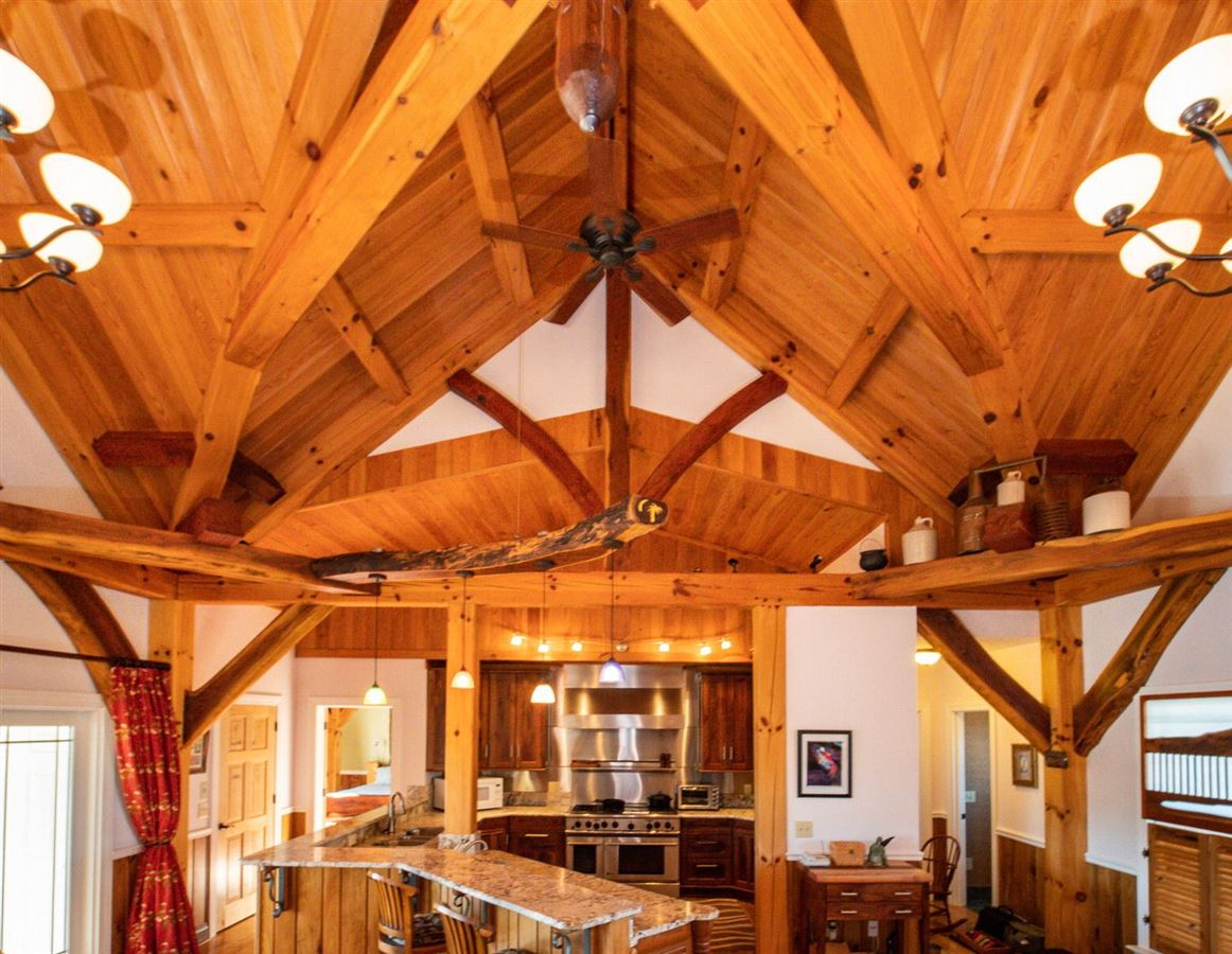 CUSTOM BUILT TIMBER FRAME HOME luxury homes