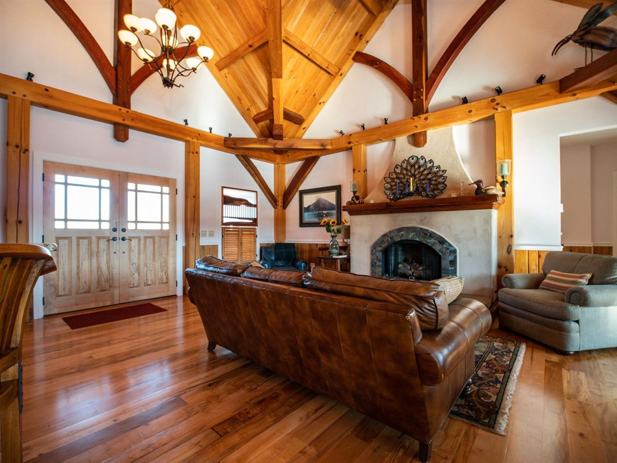 CUSTOM BUILT TIMBER FRAME HOME luxury real estate