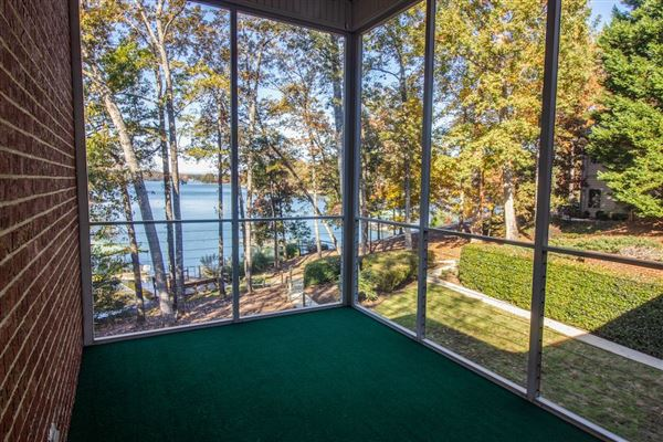 Lake living at its finest luxury properties