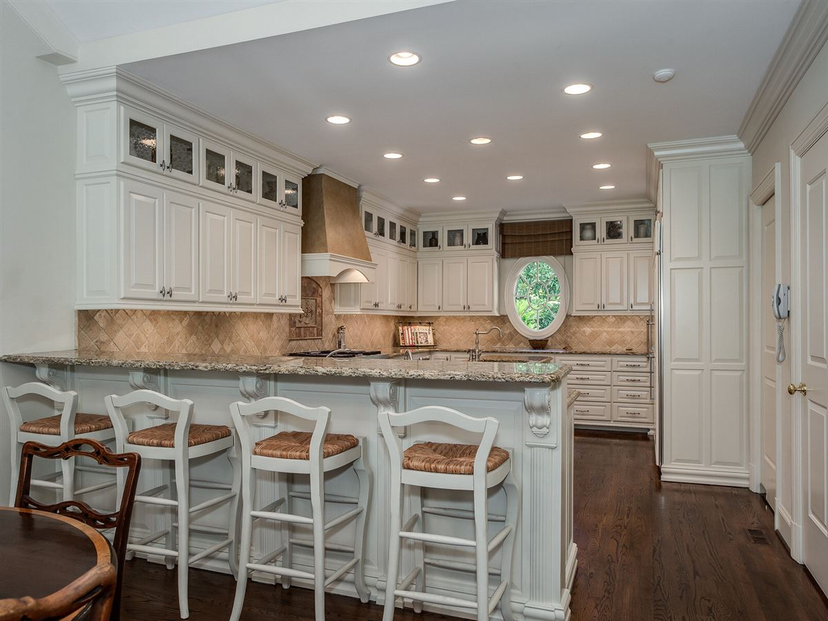 a beautiful custom home in charlotte luxury real estate