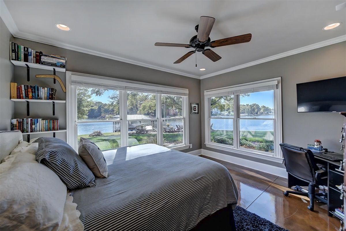 Spacious waterfront home luxury properties