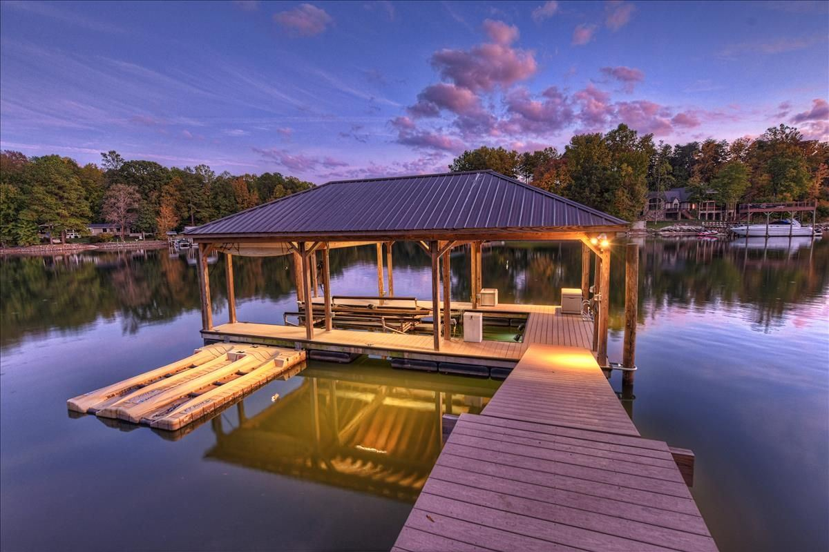 Luxury homes Spacious waterfront home